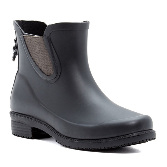 Dav Shoes - NWT Dav Women's Bal Harbor Waterproof Rain Bootie